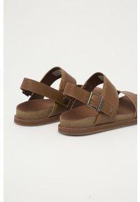 Brązowe sandały Timberland na klamry