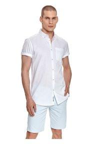TOP SECRET - Koszula krótki rękaw męska regular fit. Kolor: biały. Długość rękawa: krótki rękaw. Długość: krótkie. Styl: klasyczny, elegancki