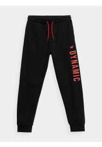 4f - Spodnie dresowe joggery chłopięce. Okazja: na co dzień. Kolor: czarny. Materiał: dresówka. Styl: casual