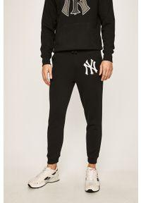 Czarne spodnie dresowe 47 Brand z nadrukiem #8