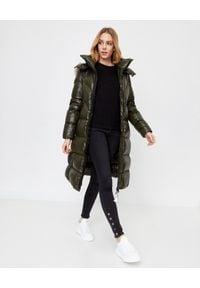 MONCLER - Zielony płaszcz puchowy Ribafur. Kolor: zielony. Materiał: puch. Długość rękawa: długi rękaw. Długość: długie. Wzór: aplikacja. Sezon: zima #6
