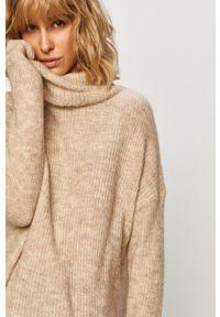 Beżowy sweter only z golfem, casualowy, na co dzień