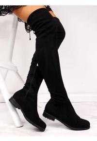 Navy dot - Kozaki damskie muszkieterki czarne NAVY DOT. Wysokość cholewki: za kolano. Kolor: czarny. Materiał: zamsz. Szerokość cholewki: normalna