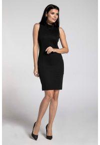 Czarna sukienka Nommo w kwiaty, mini