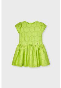 Zielona sukienka Mayoral rozkloszowana, gładkie