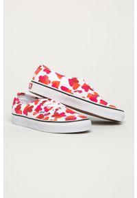 Vans - Tenisówki. Nosek buta: okrągły. Zapięcie: sznurówki. Kolor: różowy. Materiał: guma