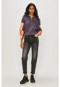Nike Sportswear - Bluza. Typ kołnierza: kaptur. Kolor: fioletowy. Długość rękawa: długi rękaw. Długość: krótkie