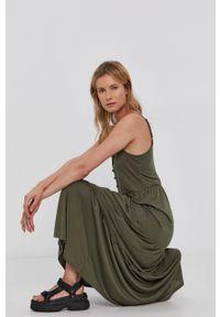 Jacqueline de Yong - Sukienka. Okazja: na co dzień. Kolor: zielony. Materiał: dzianina. Długość rękawa: na ramiączkach. Wzór: gładki. Typ sukienki: proste. Styl: casual