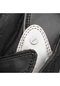 Bartek - Śniegowce BARTEK - 67077W/SI5 Czarny. Okazja: na spacer. Kolor: czarny. Materiał: skóra, skóra ekologiczna, materiał. Szerokość cholewki: normalna. Wzór: aplikacja. Sezon: zima. Styl: młodzieżowy
