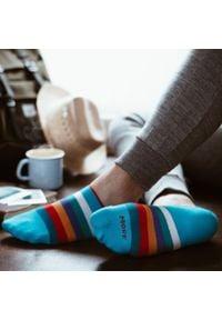 More - Turkusowe skarpety stopki w paski SK162. Kolor: turkusowy. Materiał: bawełna, poliamid, elastan. Wzór: paski