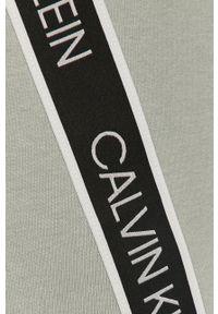 Zielony t-shirt Calvin Klein Performance na co dzień, casualowy, z nadrukiem