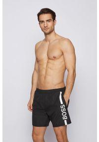 BOSS - Boss - Szorty kąpielowe. Kolor: czarny. Materiał: tkanina. Wzór: nadruk