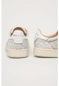 Białe sneakersy MOA Concept z motywem z bajki, na niskim obcasie, na sznurówki