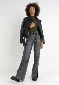 Born2be - Czarne Jeansy Melinoire. Stan: podwyższony. Kolor: czarny. Długość: długie