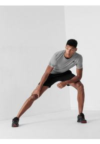 4f - Spodenki treningowe szybkoschnące męskie. Kolor: czarny. Materiał: włókno, dzianina. Sport: fitness