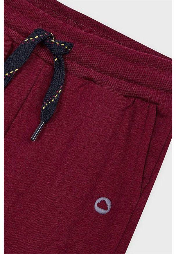 Brązowe spodnie dresowe Mayoral
