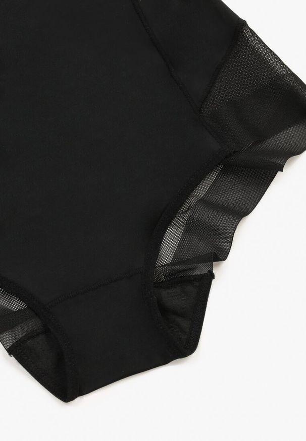 Czarne majtki Born2be