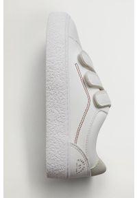 Białe buty sportowe Mango Kids z okrągłym noskiem, na rzepy, z cholewką