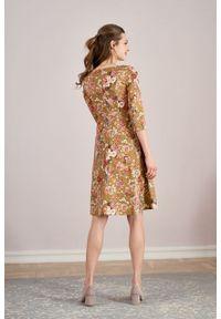 Marie Zélie - Sukienka Asteria Flores ochra. Kolor: pomarańczowy. Materiał: materiał, bawełna, skóra, elastan, wiskoza. Wzór: gładki. Typ sukienki: trapezowe. Styl: klasyczny