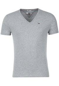 Tommy Jeans T-Shirt DM0DM04410 Szary Regular Fit. Kolor: szary