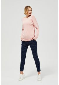 Różowy sweter MOODO długi, z długim rękawem, z okrągłym kołnierzem