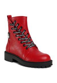 Czerwone buty trekkingowe Betsy z cholewką