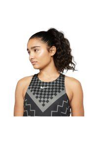Koszulka damska do biegania Nike Tank Runway CQ7869. Materiał: elastan, poliester, materiał. Technologia: Dri-Fit (Nike). Długość: krótkie. Sport: bieganie, fitness