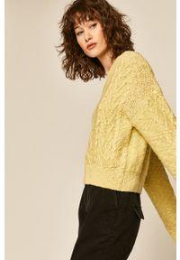 medicine - Medicine - Sweter Modern Utility. Kolor: żółty. Materiał: dzianina. Wzór: gładki