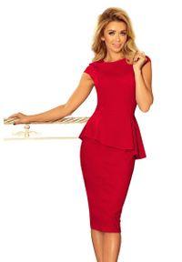Numoco - Ołówkowa Sukienka Midi z Asymetryczną Baskinką - Czerwona. Kolor: czerwony. Materiał: poliester, elastan. Typ sukienki: baskinki, ołówkowe, asymetryczne. Długość: midi