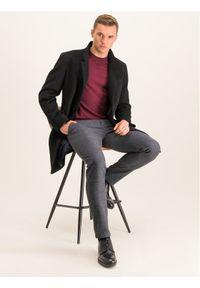 Czerwony sweter klasyczny Roy Robson