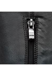 Nessi - Oficerki NESSI - 894/N Czarny 14. Wysokość cholewki: przed kolano. Kolor: czarny. Materiał: skóra. Szerokość cholewki: normalna. Obcas: na obcasie. Wysokość obcasa: średni