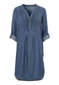 Cellbes Luźna dżinsowa sukienka z zaszewkami ciemnoniebieski denim female niebieski 58/60. Typ kołnierza: dekolt w serek, kołnierzyk stójkowy. Kolor: niebieski. Materiał: denim