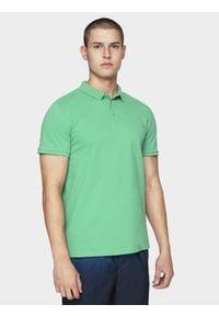 4f - Koszulka polo męska. Typ kołnierza: polo. Kolor: zielony. Materiał: bawełna, dzianina