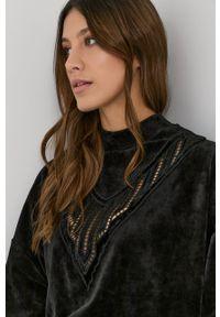 Nissa - NISSA - Bluza. Kolor: czarny. Długość rękawa: długi rękaw. Długość: długie