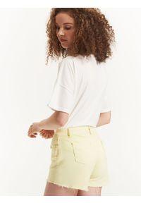 Żółte szorty TROLL krótkie, na lato
