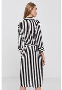 Jacqueline de Yong - Sukienka. Okazja: na co dzień. Kolor: czarny. Materiał: włókno, tkanina. Typ sukienki: proste. Styl: casual