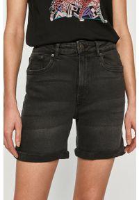 Vero Moda - Szorty jeansowe. Okazja: na co dzień. Kolor: czarny. Materiał: jeans. Styl: casual