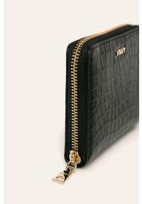 Czarny portfel DKNY