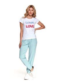 TOP SECRET - T-shirt z napisem. Kolor: biały. Materiał: bawełna, tkanina. Długość rękawa: krótki rękaw. Długość: krótkie. Wzór: napisy. Sezon: lato. Styl: wakacyjny, klasyczny