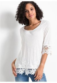 Shirt z koronką bonprix biel wełny. Kolor: biały. Materiał: koronka, wełna. Wzór: koronka