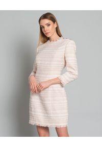 Balmain - BALMAIN - Tweedowa sukienka. Okazja: na spotkanie biznesowe. Kolor: beżowy. Materiał: tkanina. Długość rękawa: długi rękaw. Wzór: aplikacja. Styl: biznesowy