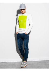 Ombre Clothing - Bluza męska bez kaptura z nadrukiem B1045 - biała - XXL. Typ kołnierza: bez kaptura. Kolor: biały. Materiał: bawełna. Wzór: nadruk. Styl: klasyczny
