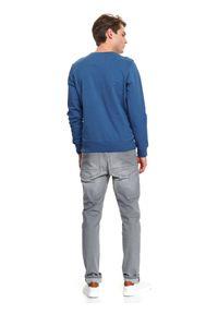 TOP SECRET - Bluza męska nierozpinana. Kolor: niebieski. Materiał: bawełna. Wzór: napisy, nadruk. Sezon: jesień, zima