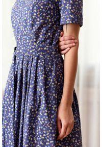 Marie Zélie - Sukienka Amariella Varna. Długość rękawa: krótki rękaw. Typ sukienki: rozkloszowane