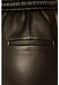 Czarne spodnie materiałowe Hugo casualowe, z podwyższonym stanem