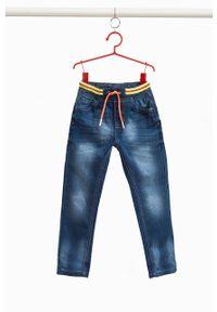 Niebieskie jeansy OVS