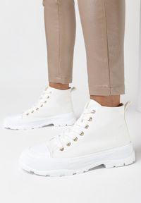 Born2be - Białe Trampki Amaliel. Kolor: biały. Materiał: jeans, materiał, guma. Szerokość cholewki: normalna. Wzór: gładki