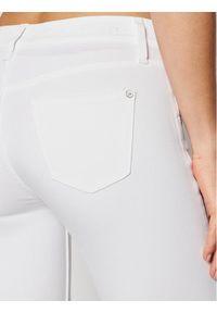Białe jeansy slim Calvin Klein