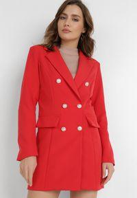 Born2be - Czerwona Marynarka Melloreia. Okazja: na spotkanie biznesowe. Kolor: czerwony. Materiał: tkanina. Długość: długie. Styl: wizytowy, biznesowy