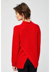 Czerwony sweter MOODO
